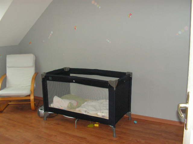 il ny a plus de lit parapluie qui me dpannait comme parc et les chambres sont mieux ranges - Lit De Bebe Ikea