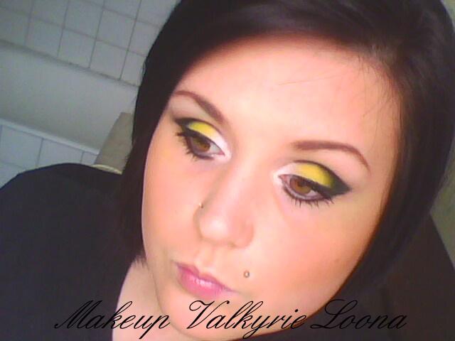 Je vous poste mon dernier makeup , Je laime beaucoup , leffet et super !! Bisous Laissez vos commentaire