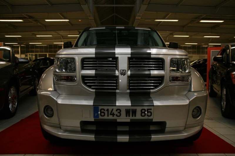 dodge nitro r t full option look gts vends annonces auto et accessoires forum pratique. Black Bedroom Furniture Sets. Home Design Ideas