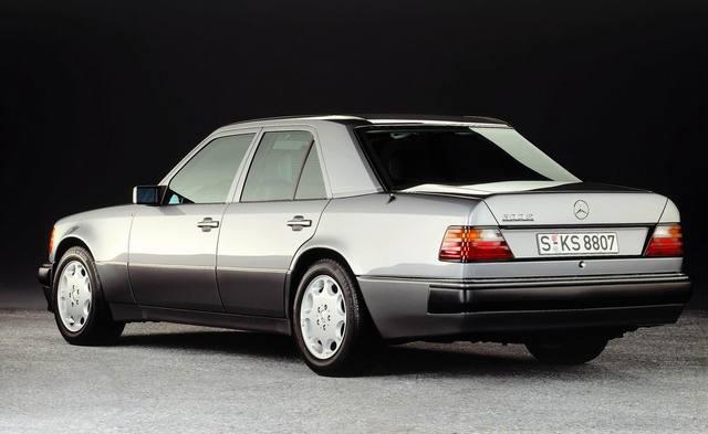 Mercedes 500 e v8 5 litres du 500 sl de 326 ch voir ici